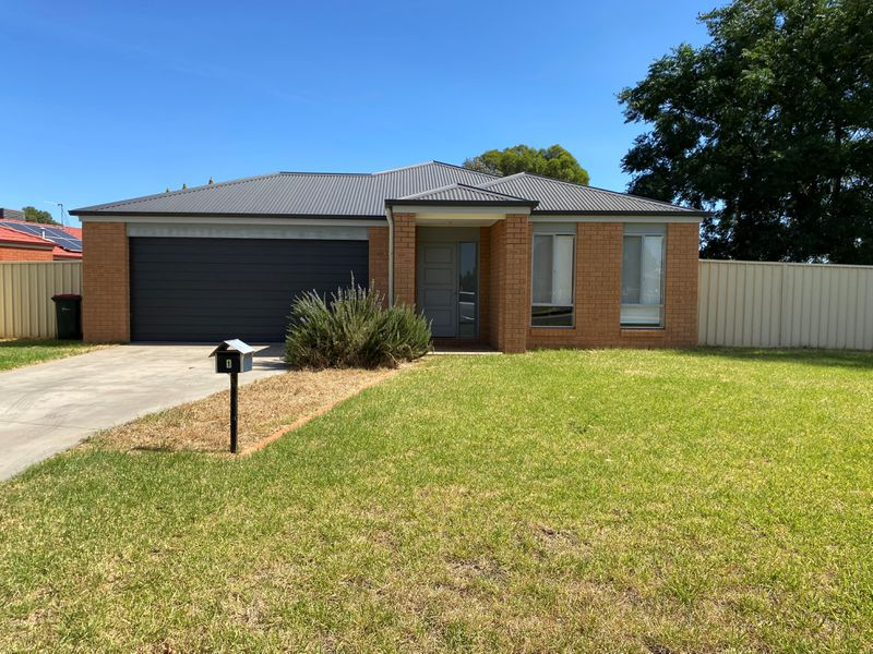 1 Little Road, Griffith