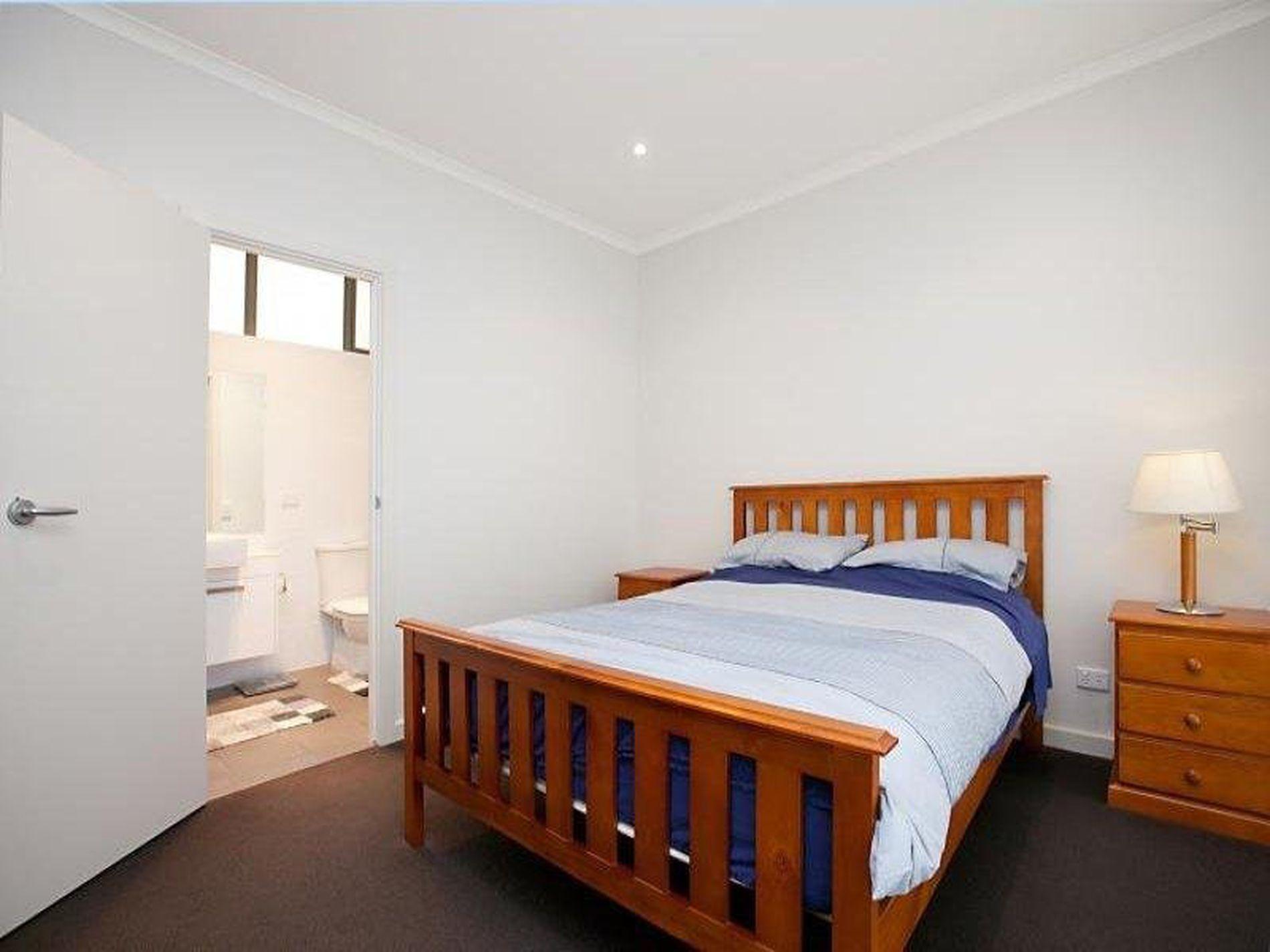268 Adelaide, Adelaide