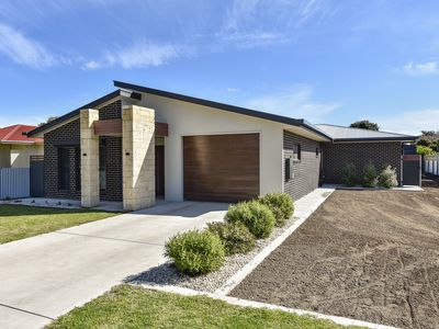 47 Adelaide Road, Millicent