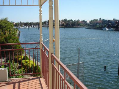 2 / 3 Inner Harbour Drive, Patterson Lakes