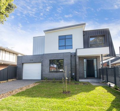 1-3 / 78 Hawker Street, Airport West