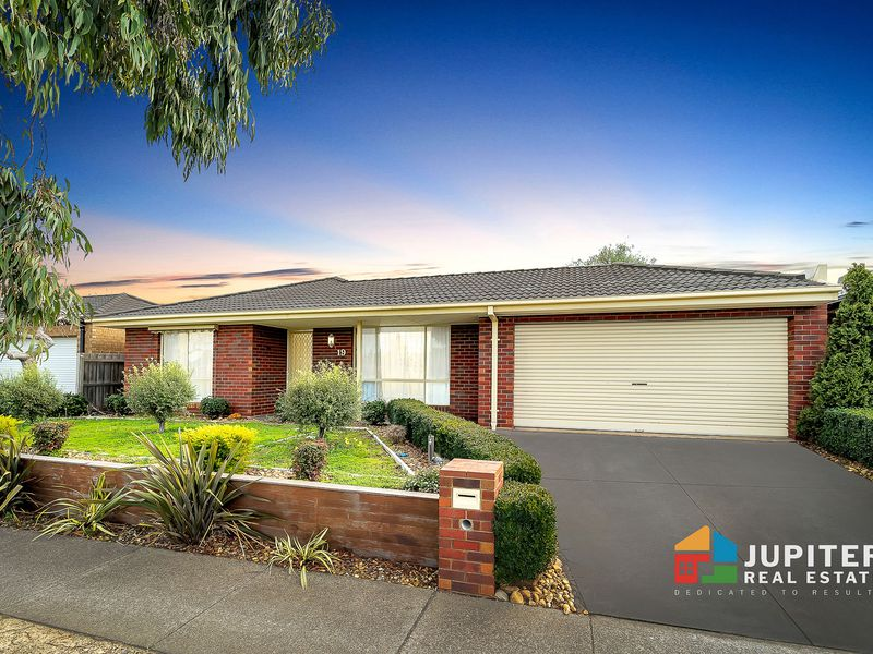 19 Hawthorn Drive, Hoppers Crossing
