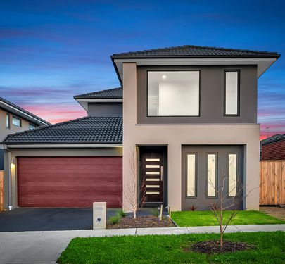 8 OWLCAT AVENUE, Clyde North