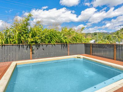 12 Sommerville Crescent, Whitfield