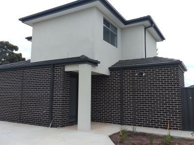 2 / 6 Sunset Court, Hoppers Crossing