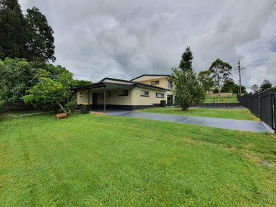 4 Kennedy Highway, Atherton