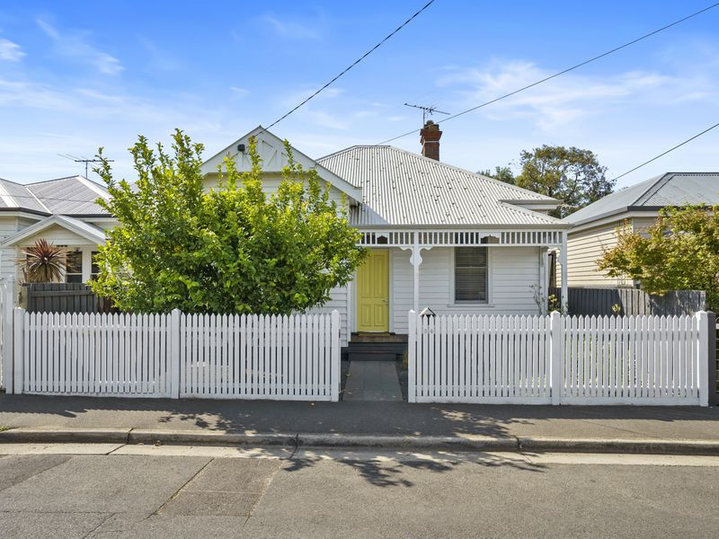 34 MAITLAND STREET, Geelong West