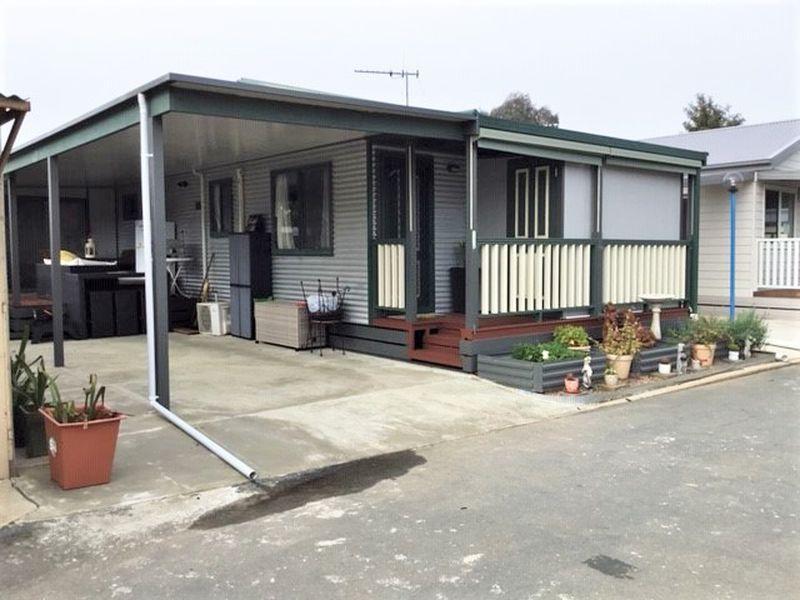 106 Melaleuca Drive,  Parklane Village, Kialla