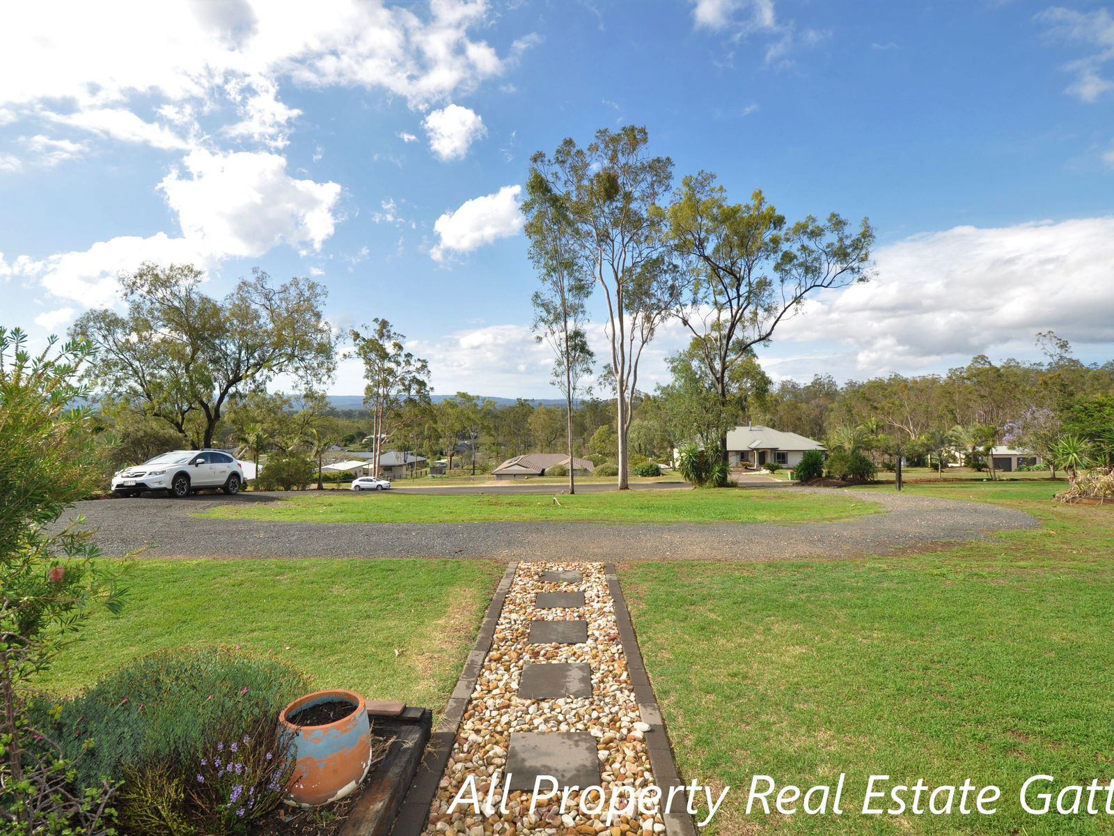 11 Ironbark Road, Gatton