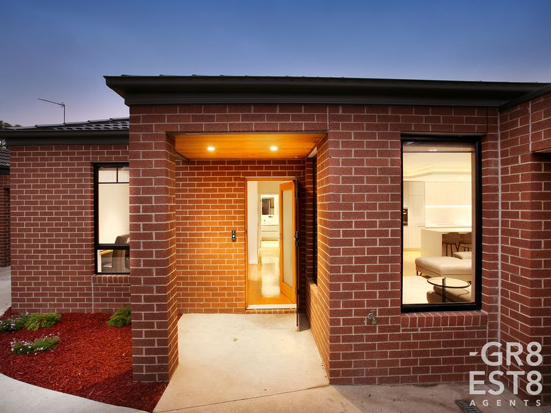 17a Binding Avenue, Cranbourne