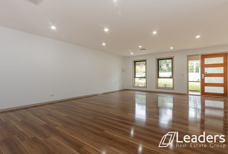 1 / 306 BLACKBURN ROAD, Glen Waverley
