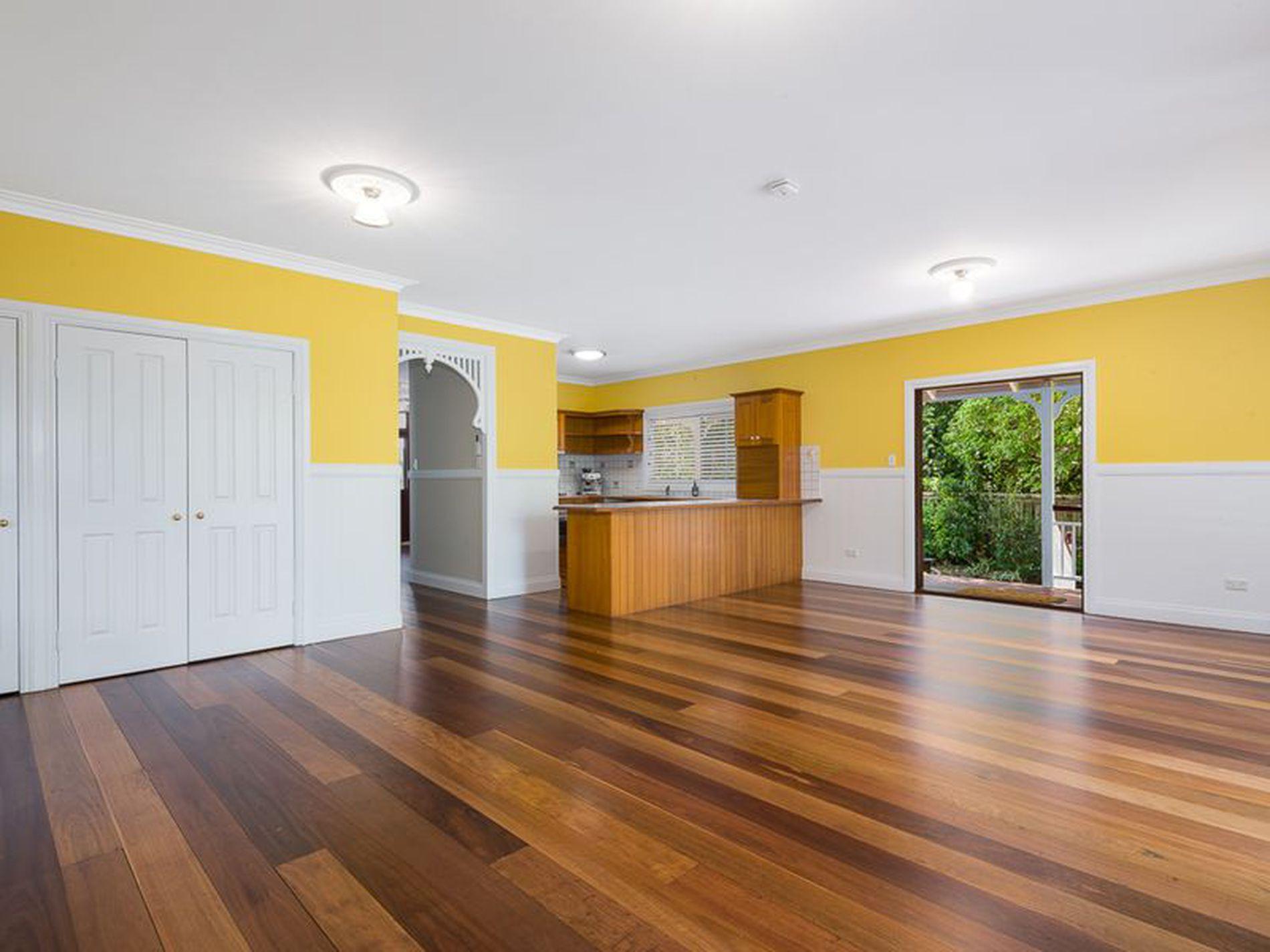 62 Boyd Terrace, Brookfield