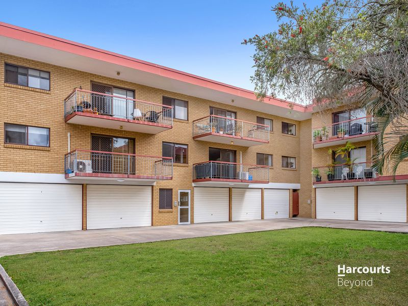 2 / 23 Earl Street, Greenslopes