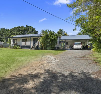 40 Bowen Road, Glass House Mountains
