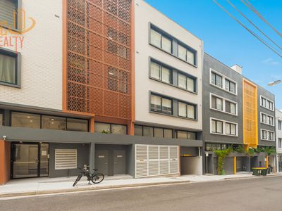 15 / 39-41 Greek Street, Glebe