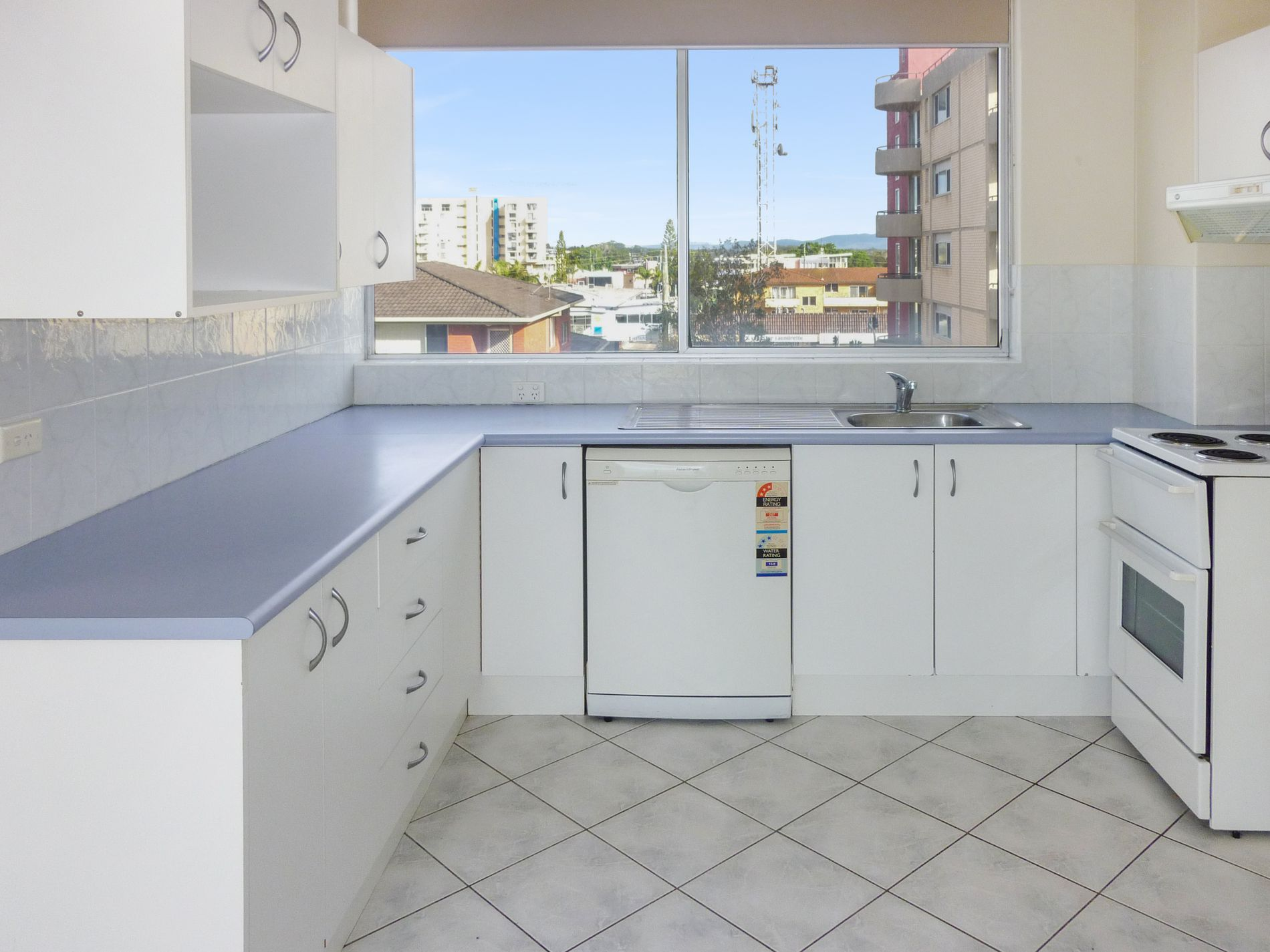 11 / 2-6 NORTH STREET, Forster