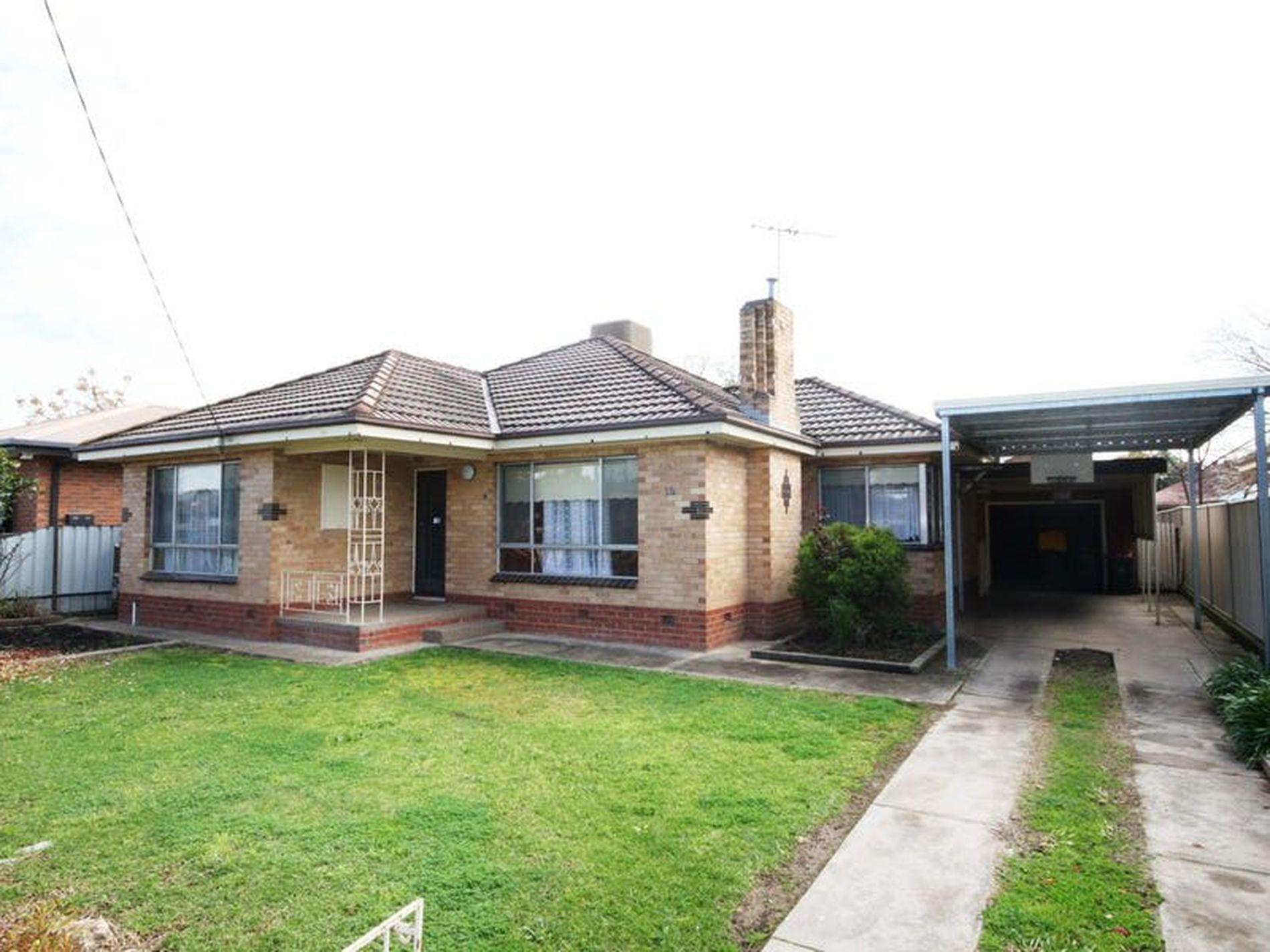 18 Howell Street, Wangaratta