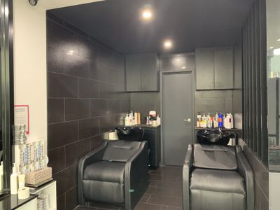 XKR2020045  Lower North Shore - Hair Salon- New renovation - Under management