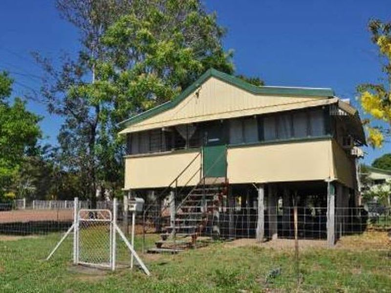 114 STUBLEY STREET, Charters Towers City