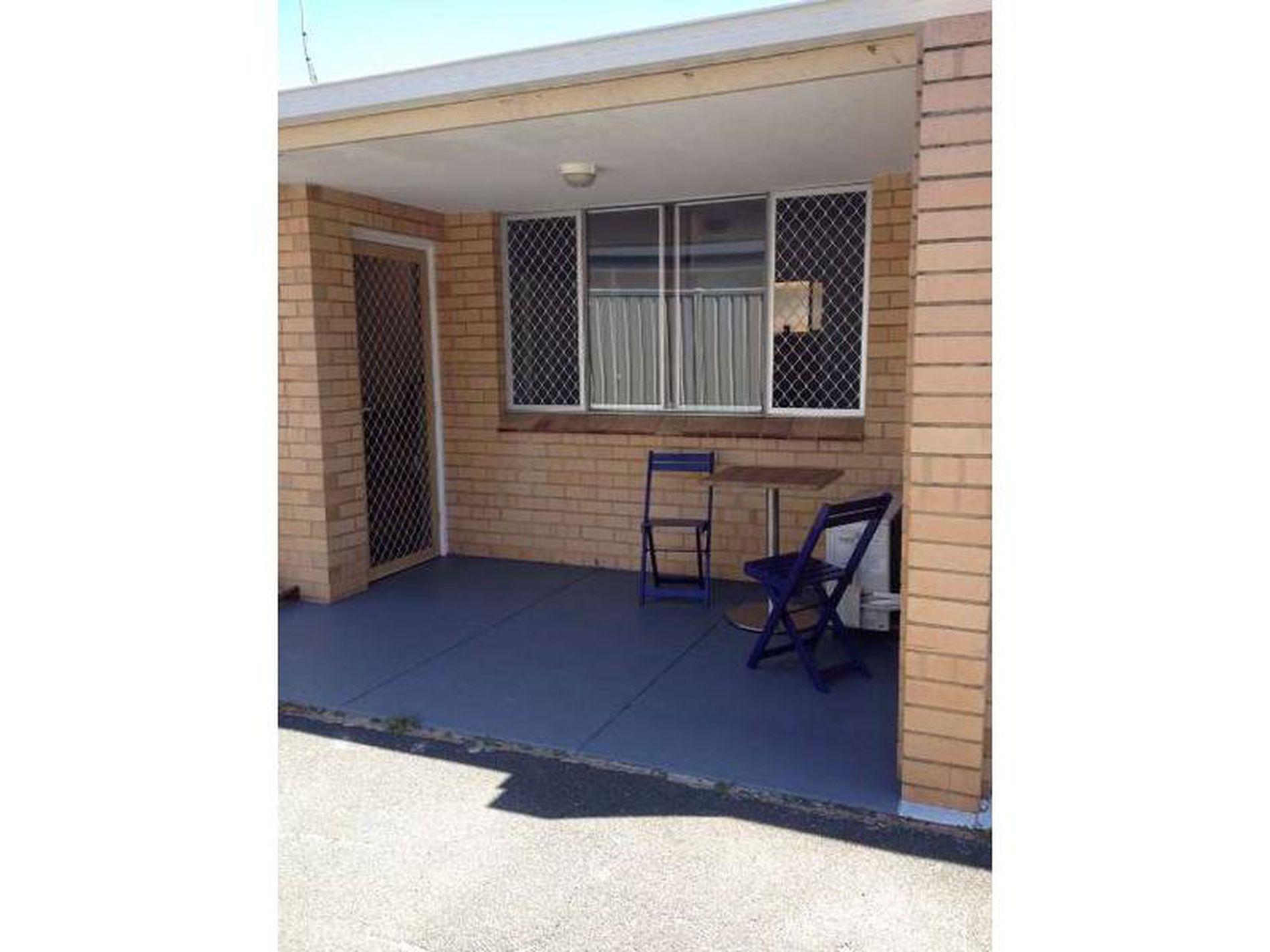 2 / 11 Delamere Avenue, South Perth