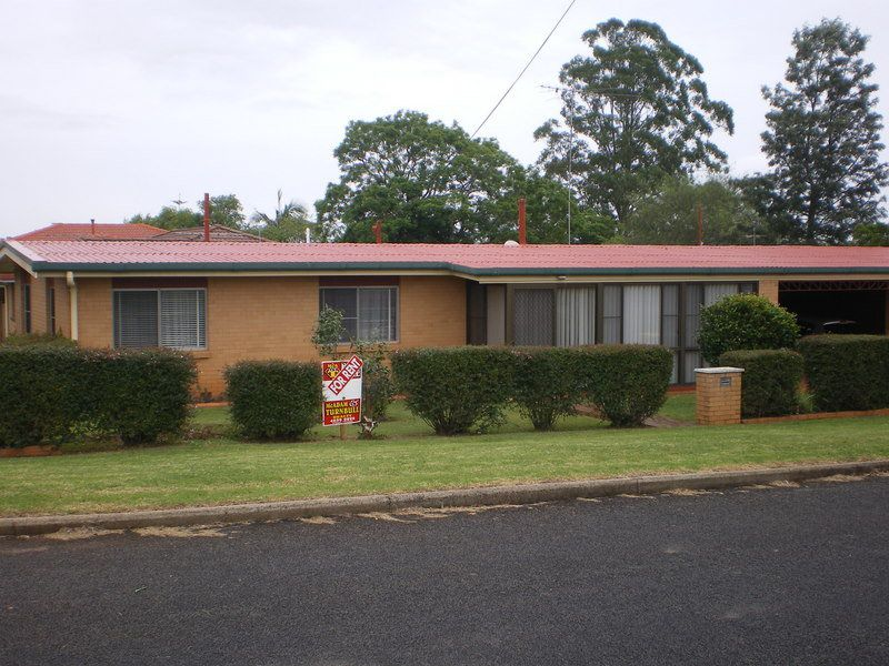2A Hartmann Street, Toowoomba