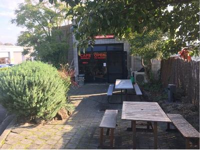 Thornton Crescent Cafe