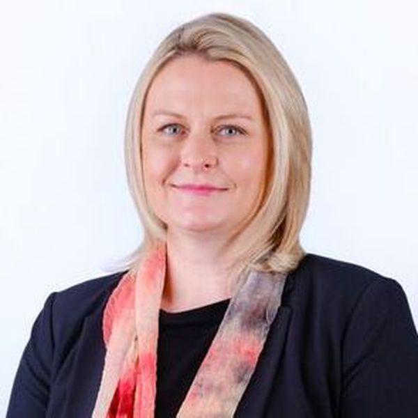 Angela Mathews