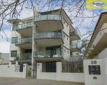 4 / 39 Mill Point Road, South Perth