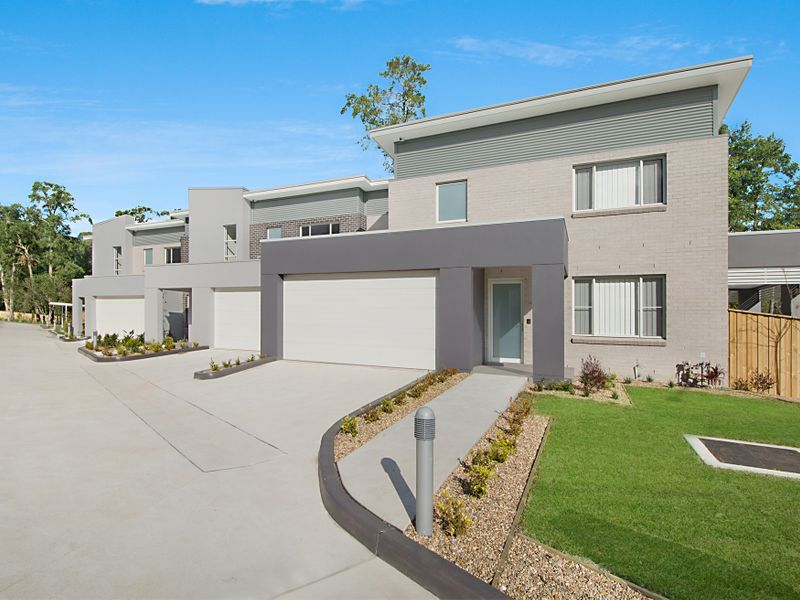 11 / 8 Cathay Place, Kellyville