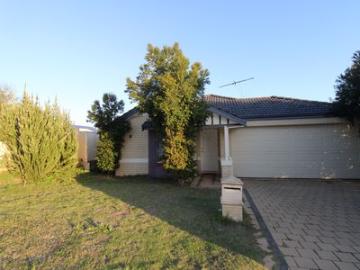 12 Lamont Link, Pearsall