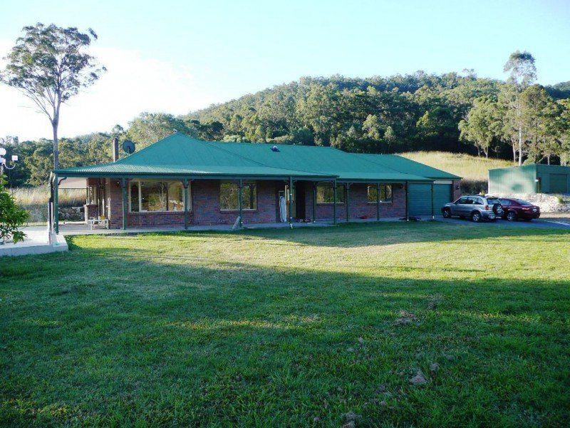 261 CLAGIRABA ROAD, Mount Nathan