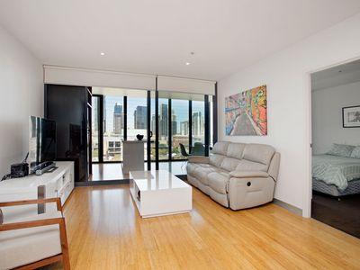 1025 / 555 Flinders Street, Melbourne