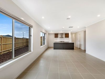 13 Ambient Way, Point Cook