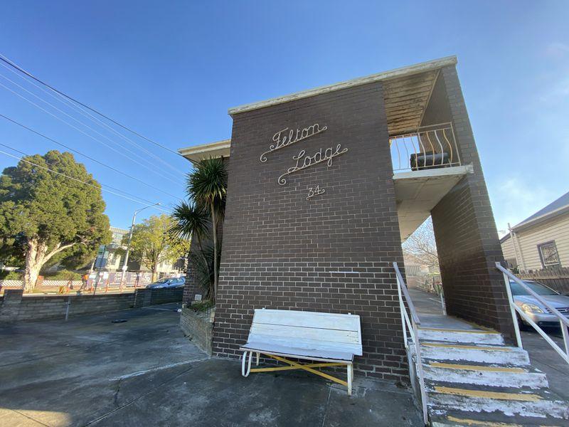 1 / 34 Geelong Road, Footscray