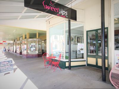 Sweetlips Cafe and Catering