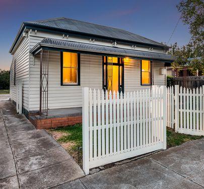 121 CHURCH STREET, Geelong West