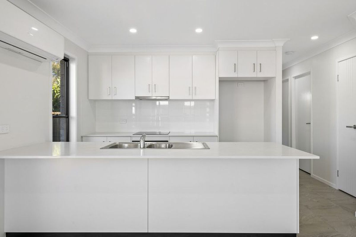 Stylish Property Quiet Location- 5min to CBD