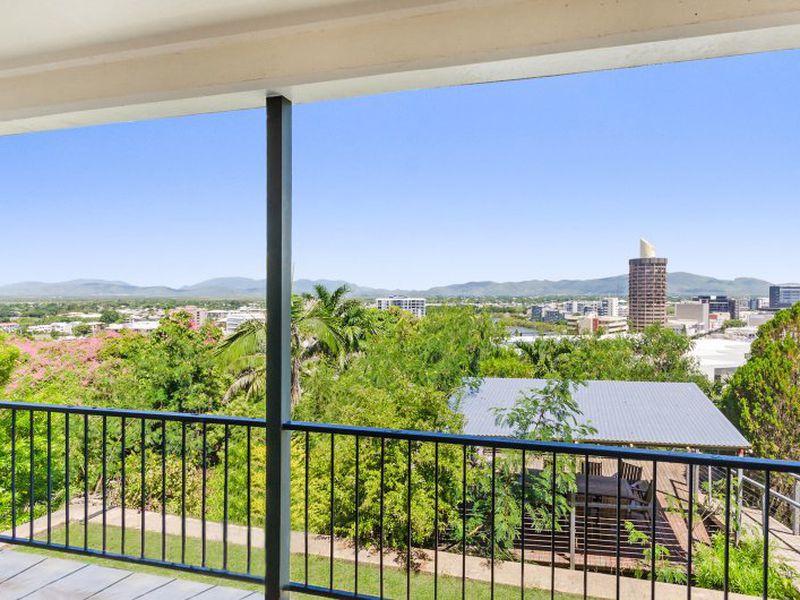 20 Willmett Street, Townsville City