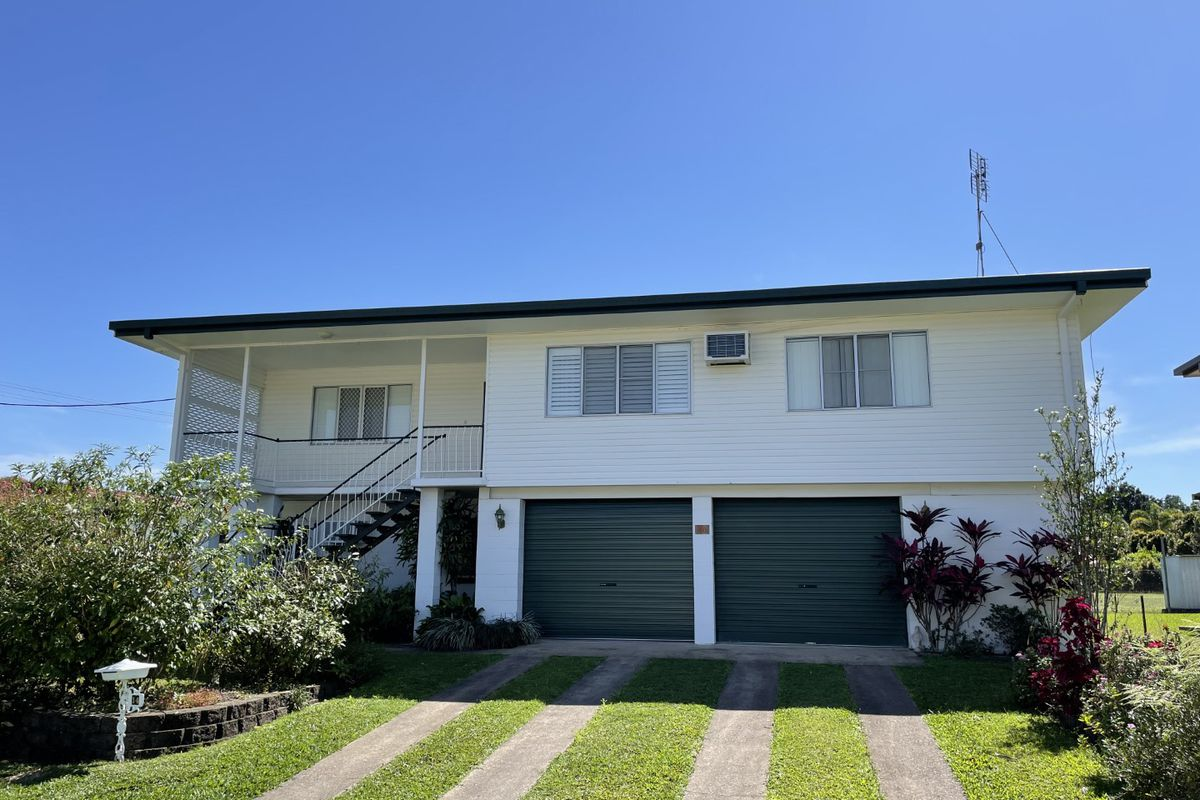 Well Maintained Family Home with a Chair Lift
