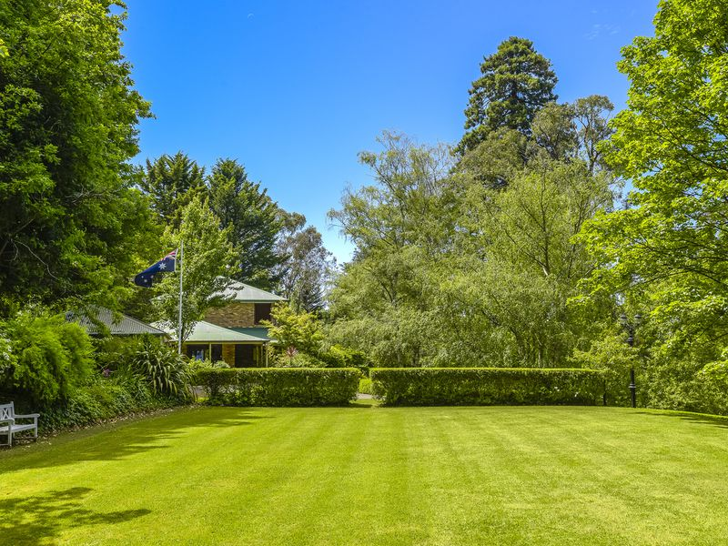 34 Ryans Parade, Mount Macedon