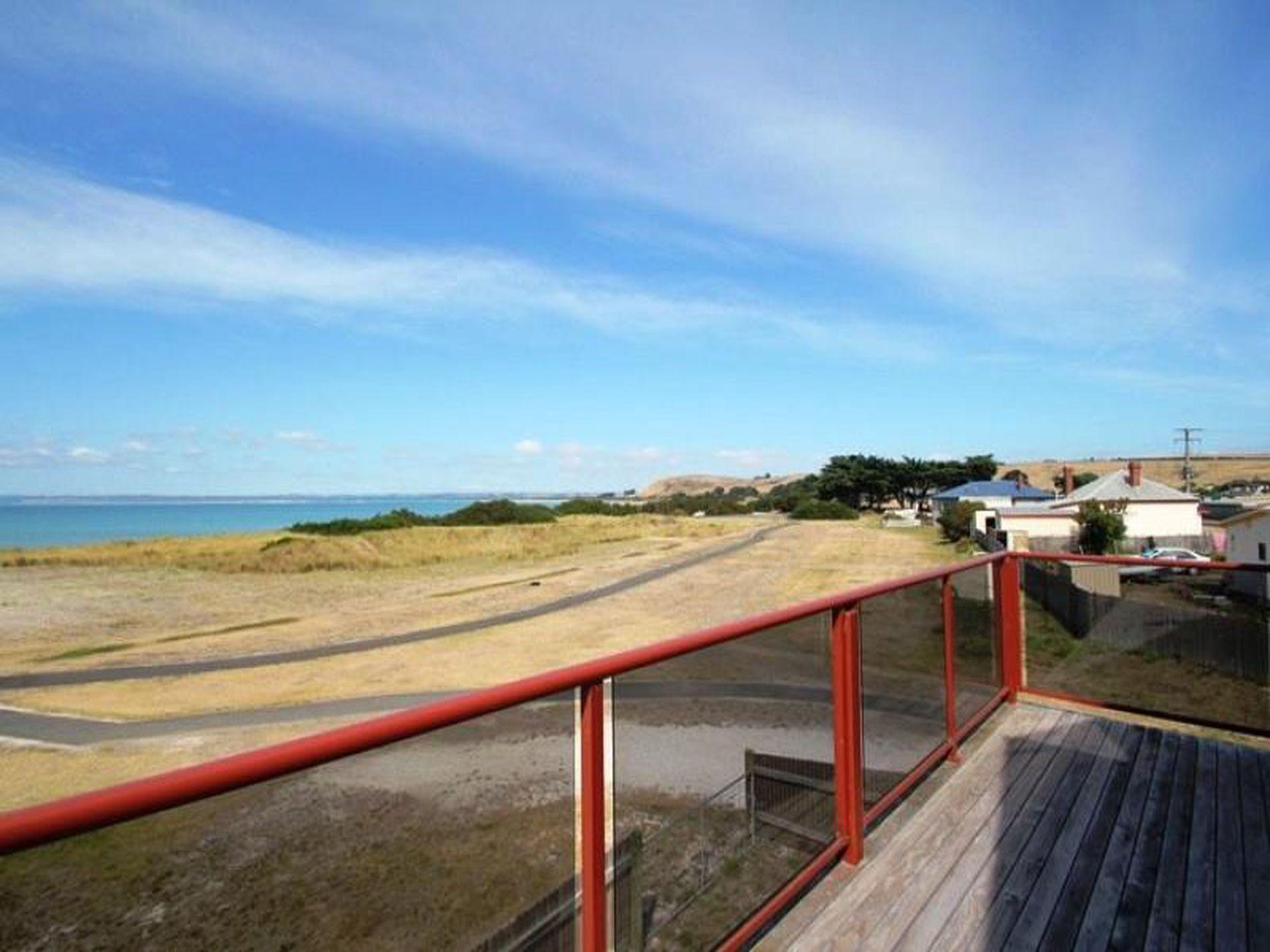 13 Marine Esplanade, Stanley