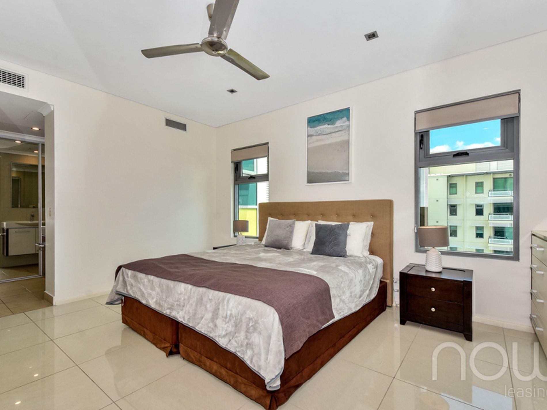 424 / 130 Espanade, Darwin City