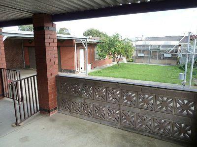 109 Arcade Way, Keilor East