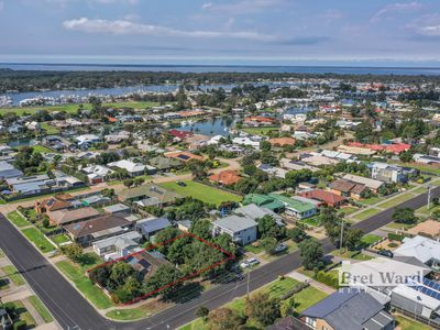 10 Canal Road, Paynesville
