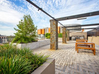 205 / 9 Commercial Road, Melbourne