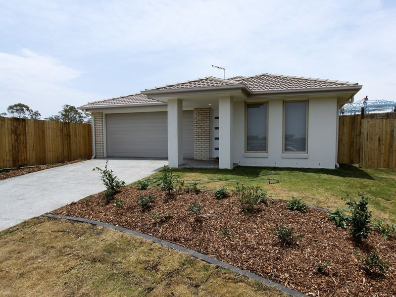 24 Sewells Circuit, Spring Mountain