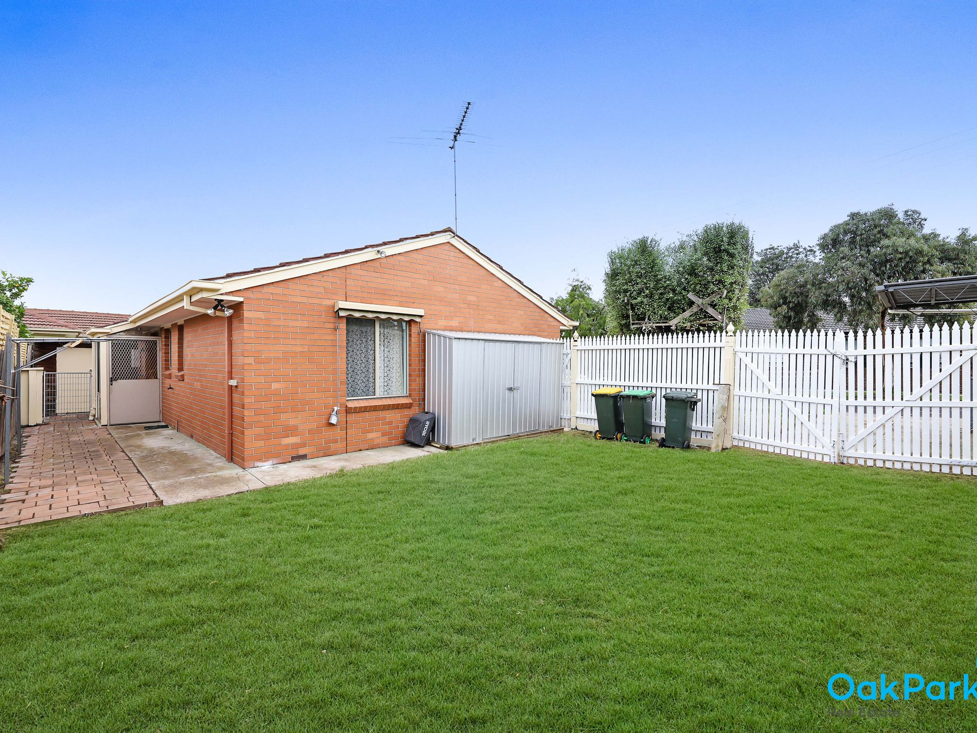 1A Electric Avenue, Glenroy
