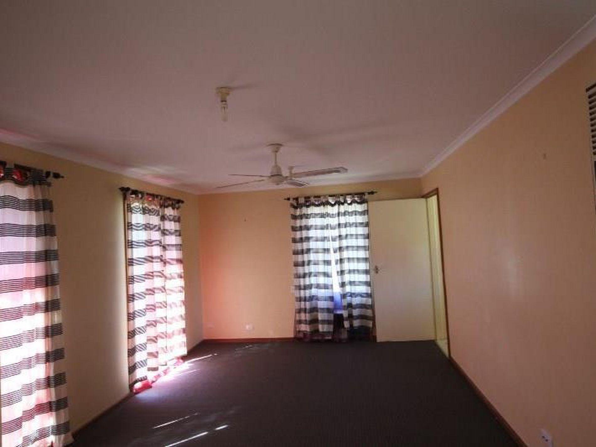 8 Mitchell Avenue, Wangaratta