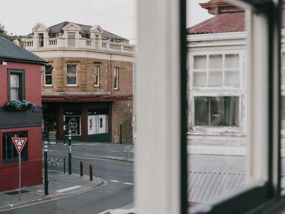 2 / 4 Newdegate Street, North Hobart