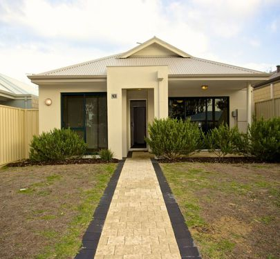 43 Mariposa Gardens, Success